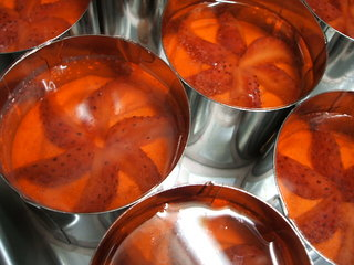 strawberry mousse_4.JPG